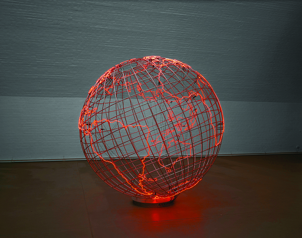 10. Mona Hatoum - Hot Spot © Courtesy of the Artist © Photo Courtesy of the Artist and Courtesy Galerie Max Hetzler Paris Berlin [Jörg von Bruchhausen]